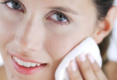 Homemade Makeup Remover - Natural Makeup Remover